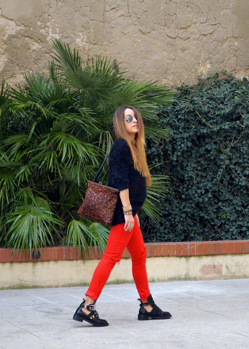 Cagliari Downtown Girl