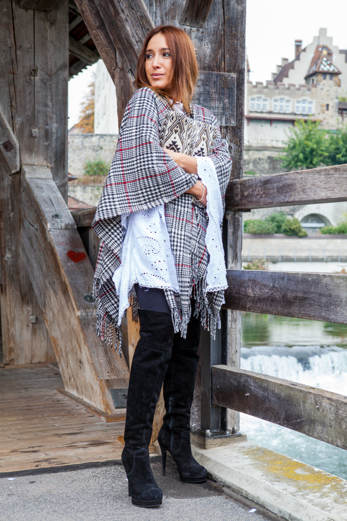 Poncho Trends 01