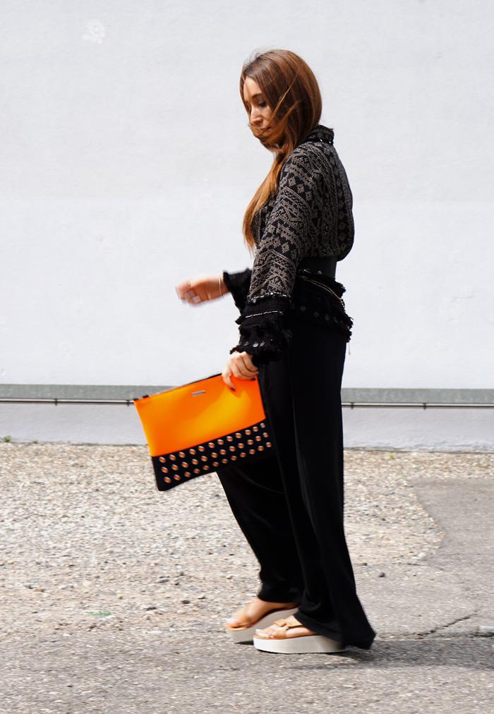 Teva Schuhe, Loubay Bag, Mango Pants and Zara Kimono 09